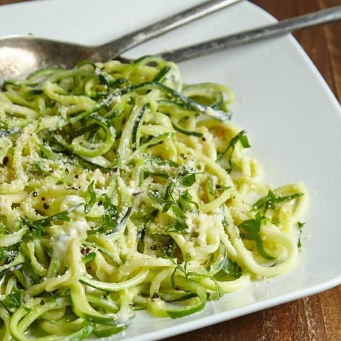 Zucchini Noodle Fettuccine Alfredo